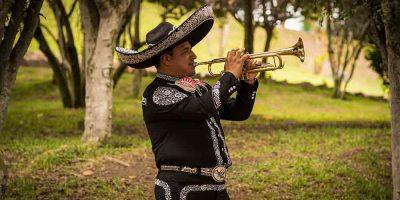 Galería Mariachis en Lima Cielo de México 4